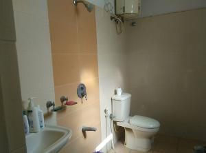 2 BHK Flat for Rent in DSR Green Vista, Whitefield | Commode, Exhaust Fan, Geyser, Wash Basin, From Attached Room