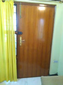 2 BHK Flat for Rent in Himagiri Meadows, Bannerghatta Road | MAIN DOOR 1 Picture - 2