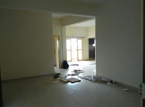 3 BHK Flat for Rent in Paras Maitri, Electronic City   Mirror, Wash Basin