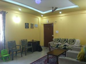 3 BHK Flat for Rent in Pariwar Passion, Bannerghatta | LIVING 1 Picture - 3