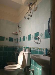 2 BHK Flat for Rent in Santara Magan Place, Hulimavu | Commode, Geyser, Wash Basin, From Attached Room
