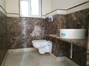 4 BHK Flat for Rent in Akme Encore, Brookefield | Commode, Wash Basin, From Common Room
